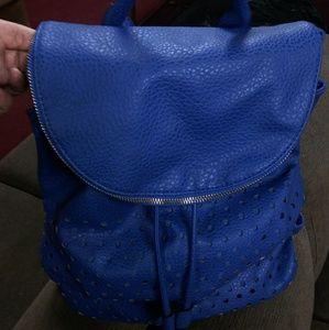 Handbags - Medium back pack .